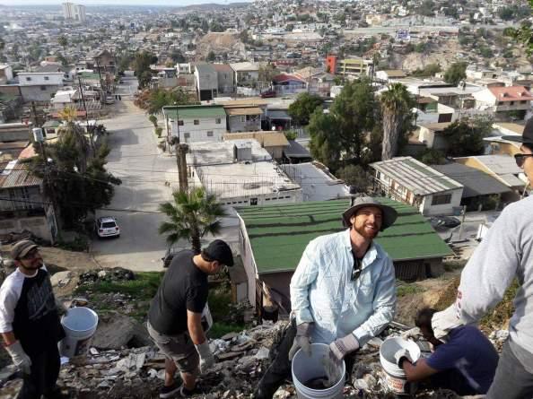 Neighborhood beautification with Cleanerjuana. Del Rio, Tijuana